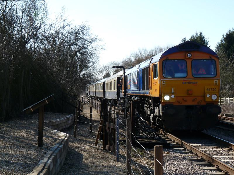 66720 - Yarwell