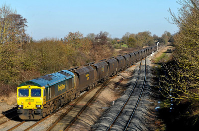 Class 66 No 66597 at Standish Junction on 18 January 2011 with the 4V06 08:53 Rugeley Power Station - Stoke Gifford (running 33 min early)