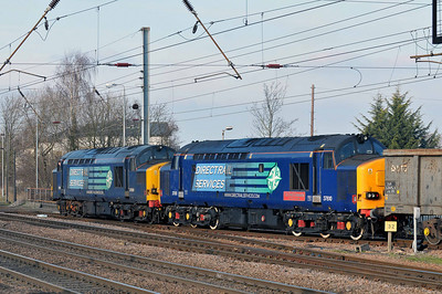 Class 37 No 37059/37610 at Hitchin on 31 January 2011 with the 6Z61 09:35 Sheerness - Hitchin Scap train.