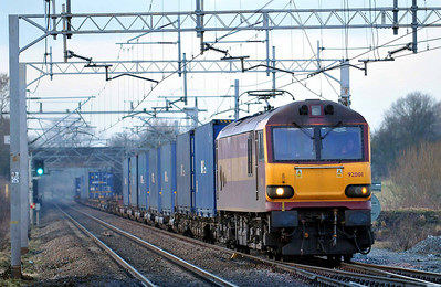 Class 92 No 92001 at Acton Bridge on 17 January 2011 with the 4M63 09:00 Mossend - Hams Hall (running 49 min early)