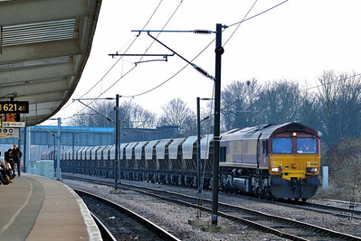 Class 66 No 66001 at Peterborough on 31 January 2011 with the 6E88 13:35 Middleton Towers - Goole Glass Works (running 15 min late)