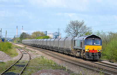 Class 66 No 66404 at Whitley Bridge on 12 April 2011 with the 6H32 06:25  Immingham - Drax Power Station (running 1 min early)