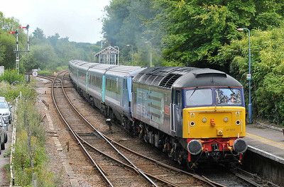 Class 47 No 47810 at Brundall on 6 August 2011 with the 5V28 16:25 Great Yarmouth - Norwich Crown Point ECS (running 15 min early)