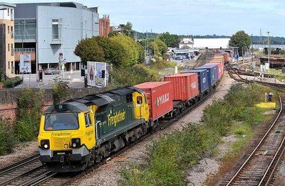 Class 70 No 70007 at Eastleigh on 9 August 2011 with the 4O14 07:00 Birch Coppice - Southampton Maritime (running 3 min late)