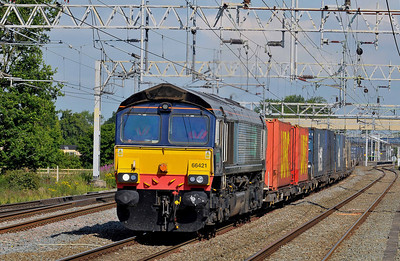 Class 66 No 66421 at Acton Bridge on 14 July 2011 with the 4M34 04:26 Coatbridge - Daventry (running 2 min early)