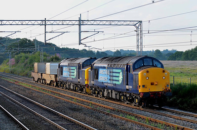 Class 37 No 37604/37194 at Acton Bridge on 14 July 2011 with the 6C53 06:30 Crewe - Sellafield (running 13 min early)