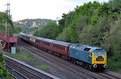 "Class 47 No 47270 ""SWIFT"" at Ravensthorpe on 2 May 2011 with the 1Z20 16:13 Carlisle - Southport (running 7 min late)"