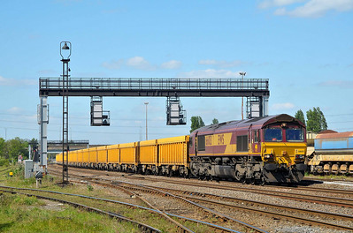 Class 66 No 66013 passing Toton on 3 May 2011 with the 6M23 10:30 Doncaster Up Decoy - Mountsorrel (running 125 min late)