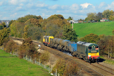 Class 20 No 20189 + 20227 at Crigglestone on 1 November 2011 with the 3S14 11:31 Sheffield - Wakefield (running on time)