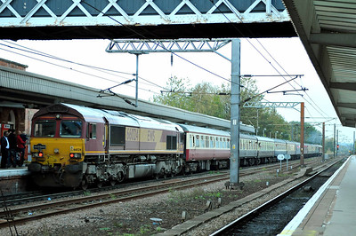 Class 66 No 66024 at Wakefield Westgate on 15 October 2011 on the rear of 1Z30 17:20 Monk Bretton -  Bristol Temple Meads (running 8 min late)