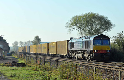 Class 66 No 66301 at Sherburn-in-Elmet on 15 October 2011 with the 4E46 04:22 Ditton OC - Tees Dock (running on time)