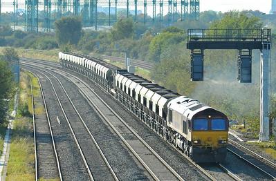 Class 66 No 66121 at Washwood Heath on 28 September 2011 with the 6B30 12:53 Mountsorrel - Northampton FD (running 12 min early)