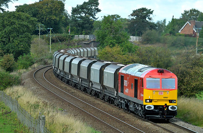 Class 60 No 60007 at Ashley on 18 September 2011 with the 6F05 14;06 Tunstead - Oakleigh (running 31 min early)