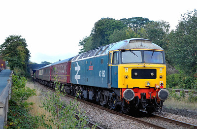 """Class 47 No 47580 """"County of Essex"""" at Horbury Junction on 17 September 2011 on the rear of 1Z84 04:00 Norwich - Carlisle charter (running 1 min early)"""