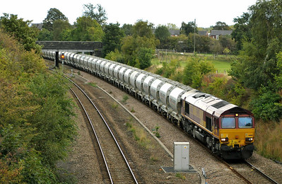 Class 66 No 66168 in Horbury Cutting on 19 September 2011 with the 6F94 11:03 St.Pancras - Clitheroe (running 1 min early)