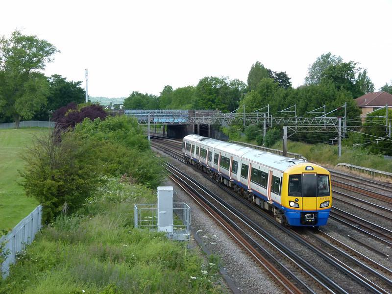 378205 - South Kenton (Conway Gardens Footbridge)