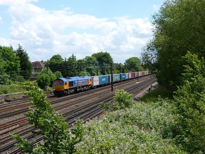 66718 - South Kenton (Conway Gardens Footbridge)