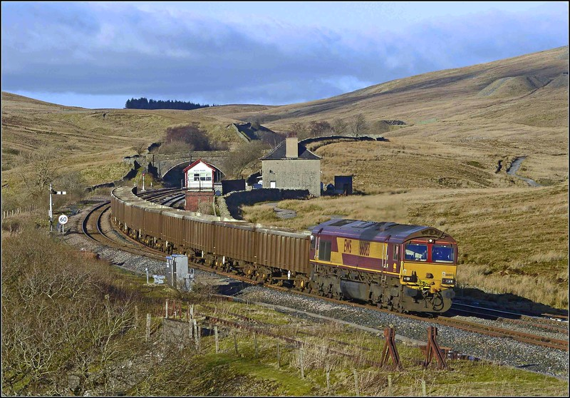 2018 02 20 .66083 on the 6E95 Newbiggin-Milford empty gypsum and hoppers at Blea Moor.