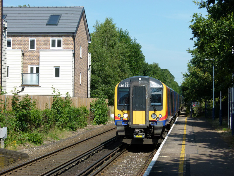 450551 - Addlestone
