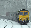 Behind the 378 came 66502 on Freightliner's 4L31 Bristol to Felixstowe. Despite the weather it was running on time.