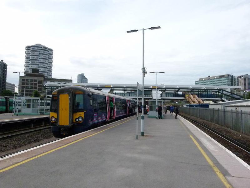 377501 - East Croydon