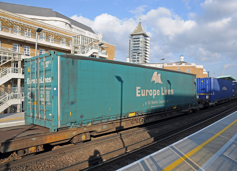 A quick change of lens for a curtainsided container of a company I've not seen before - Europe Lines.