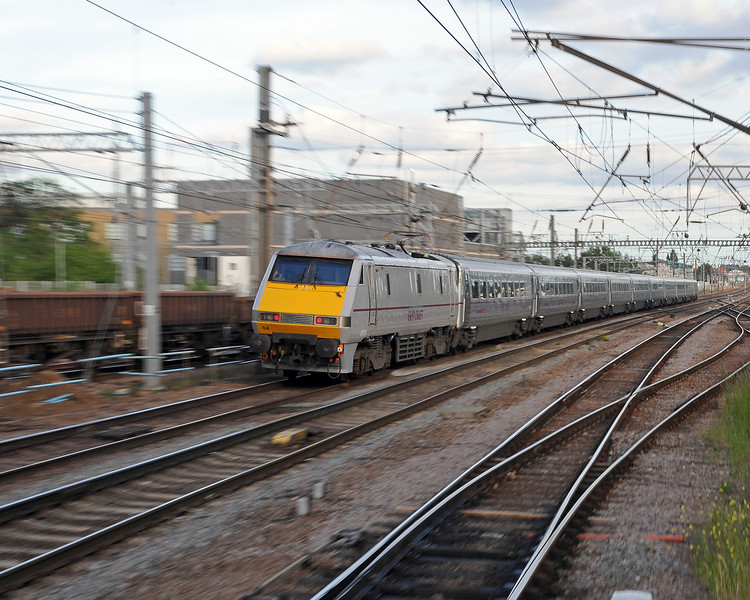 91104 on the back of a Newcastle to King's Cross train