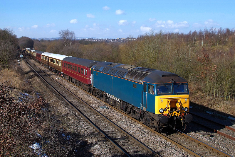 WCR's Latest purchase 57316 races through Welbeck in charge of 1Z76 Leicester-Carlisle.30/03/2013.Fuji s3 pro.