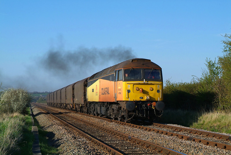 Running 14 early,47749 hurries through Ogden's wood in charge of 6Z08 Boston-Washwood heath.02/05/2013.Fuji s3 pro.
