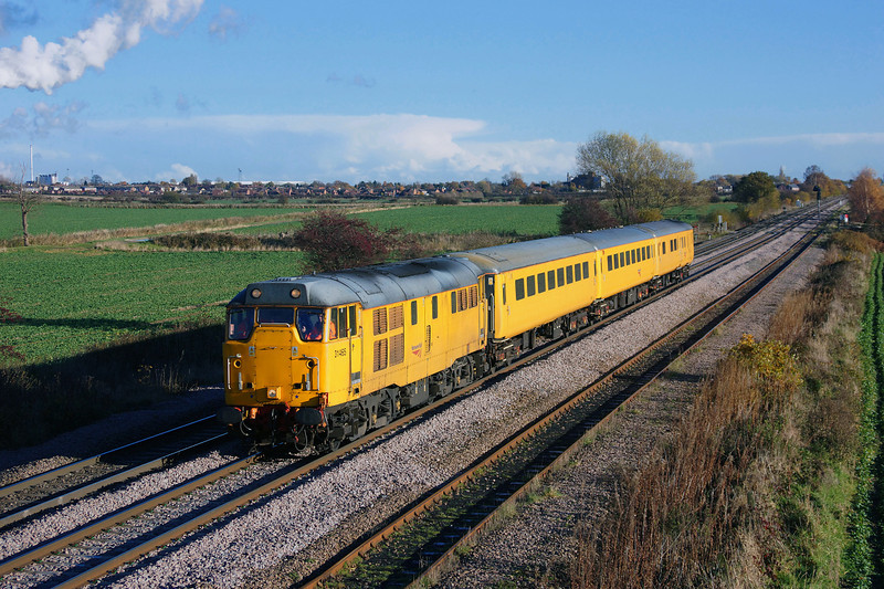 Shot of the day.31465 Saunters through Whitley bridge having just left Eggborough with the late running 1Q13 Neville hill-Neville hill via Goole,Drax,Eggborough and york test train.19/11/2013.Sony A65.