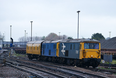Class 73 No 73207/73109 at Eastleigh on 7 April 2014 with the 5Y19 12:41 Tonbridge West Yard - Eastleigh Works