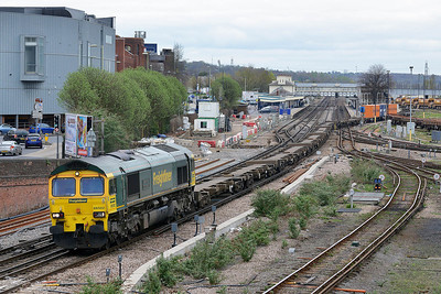 Class 66 No 66502 at Eastleigh on 4 April 2014 with the 4O24 11:00 Bristol F.L.T.  - Southampton Maritime