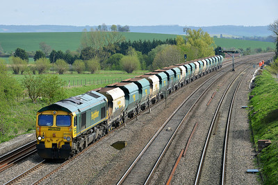Class 66 No 66560 at South Morton on 9 April 2014 with the 6V33 11:56 Neasden Charrington – Stoke Gifford