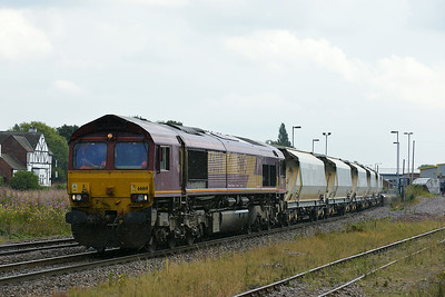 Class 66 No 66169 at Whitley Bridge on 8 August 2014 with the 6D72 11:02 Hull Dairycoates Tilcon – Rylstone Tilcon