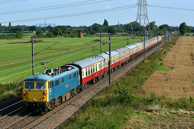 Class 87 No 87002 at Joan Croft Junction on 9 August 2014 with the 1Z86 07:09 Newcastle – London Kings Cross