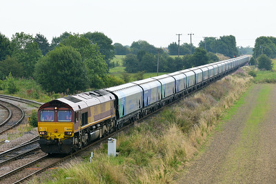 Class 66 No 66008 at Whitley Bridge on 1 August 2014 with the 6H84 08:38 Hull Biomass Lp – Drax Power Station