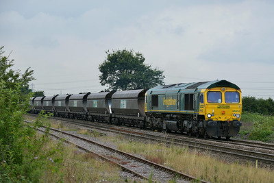 Class 66 No 66952 at Whitley Bridge on 8 August 2014 with the 6H67 12:20 Kellingley Colliery – Drax Power Station