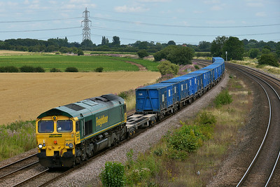 Class 66 No 66557 at Burton Salmon  on 7 August 2014 with the 6M00 12:50 York Holgate Sidings – Northenden R.T.S.