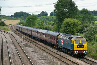 Class 47 No 47580 at Burton Salmon  on 7 August 2014 with the 1T39 10:15 York – Scarborough