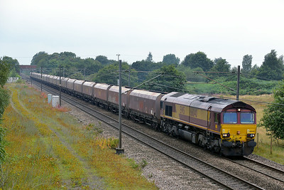 Class 66 No 66040 at Heck on 8 August 2014 with the 6Z94 05:48 Avonmouth Bennets Siding – Hunslet Tilcon