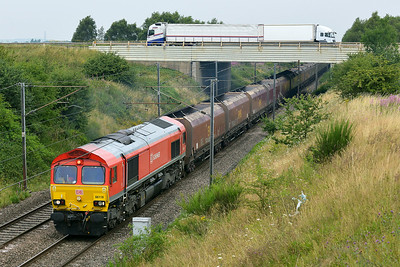 Class 66 No 66118 at Heck on 1 August 2014 with the 4D08 09:30 Eggborough Power Station – Immingham Hargreaves
