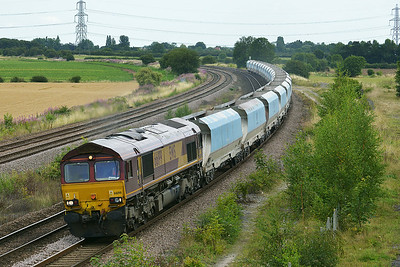 Class 66 No 66199 at Burton Salmon  on 7 August 2014 with the 6Z96 12:00 Milford West Sidings – Drax Power Station