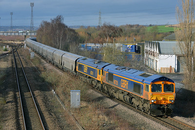 Class 66 No 66735/66741 at Horbury Bridge on 1 February 2014 with the 6H64 08:30 Tuebrook Sidings – Drax Power Station
