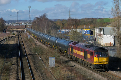 Class 60 No 60071 at Horbury Bridge on 7 February 2014 with the 6E32 10:21 Preston Docks – Lindsey Oil Refinery