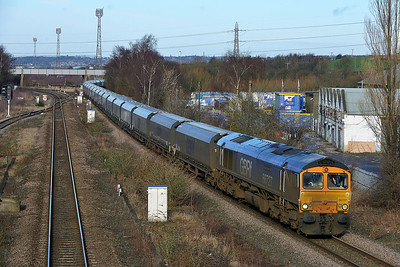 Class 66 No 66727 at Horbury Bridge on 21 February 2014 with the 6H65 05:00 Liverpool Bulk Terminal – Drax Power Station