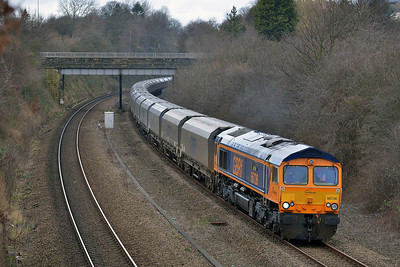 Class 66 No 66736 in Horbury Cutting on 25 February 2014 with the 6H65 05:00 Liverpool Bulk Terminal – Drax Power Station