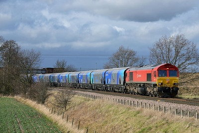 Class 66 No 66118 at Heck Ings Crossing on 21 February 2014 with the 6H84 08:38 Hull Biomass Lp – Drax Power Station