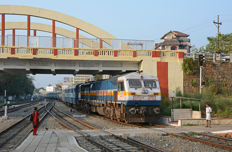 The Mangalore to Chennai Mail pulls in to Kozhikode behind...