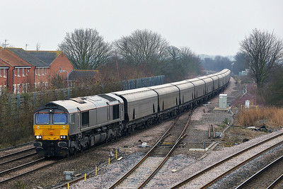 Class 66 No 66748 at Church Fenton on 31 January 2014 with the 4N13 09:59 Drax Power Station – Tyne Coal Terminal