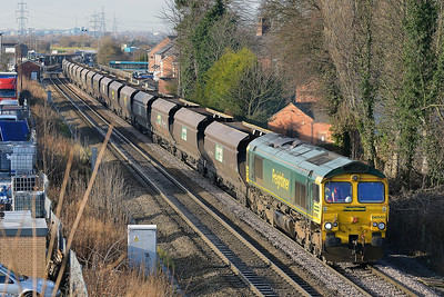 Class 66 No 66545 at Whitley Bridge on 16 January 2014 with the 6E94 23:53 Hunterston High Level – Drax Power Station
